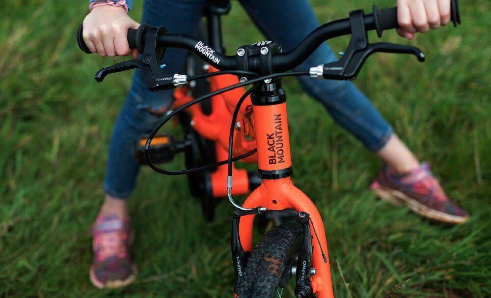 black mountain bikes